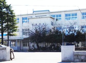 草加中学校